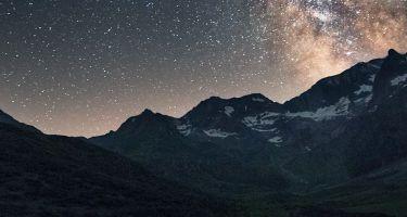 Bergwelt in der Nacht